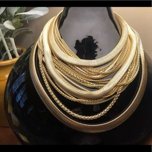 Kendra Scott large gold layered necklace